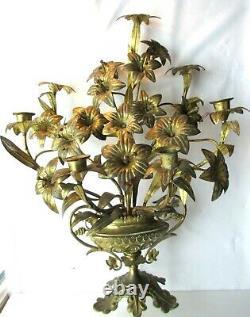 2 chandeliers d'église en bronze Napoléon III, 22 fleurs de lys dont 6 bougeoirs