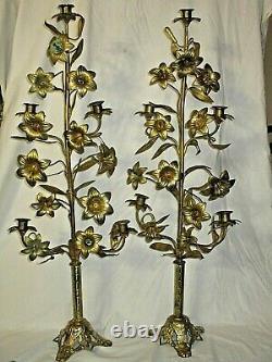 ANCIENS CANDELABRES CHANDELIERS D'EGLISE BRONZE LAITON FLEURS DE LYS XIX è 85 CM