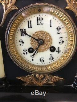 Ancienne horloge pendule Napoleon III Marbre / Bronze Fonctionne