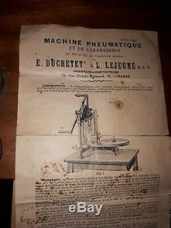 Ancienne machine pneumatique objet scientifique