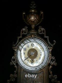 Ancienne pendule Bronze / Horloge Napoleon / Old Clock