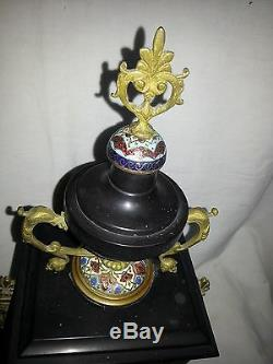 Belle pendule d'époque NIII Napoléon III en marbre noir, bronze et cloisonné