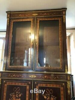 Bibliothèque marqueterie et bronze Marquetry and bronze Bookcase Napoléon III
