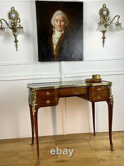 Bureau De Style Louis XV En Marqueterie Orné De Bronze Epoque Napoleon III