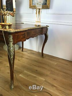 Bureau En Marqueterie Toutes Faces Orné De Bronze Doré Epoque Napoleon III