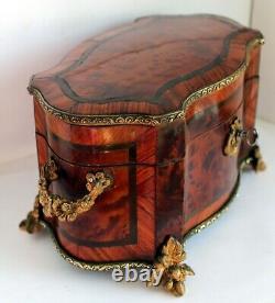 Coffret bois de rose Napoléon III bronzes dauphin et raisins