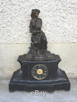 DUCHOISELLE Grande pendule Napoléon III bronze allégorie femme dénudé Pendulette