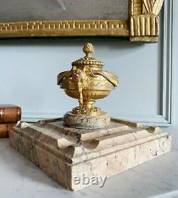 Encrier D'époque Napoléon III En Marbre Et Bronze Doré À Décor De Têtes De Boucs