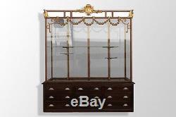 Exceptionnelle Vitrine de magasin Napoléon III en fonte et décor bronze