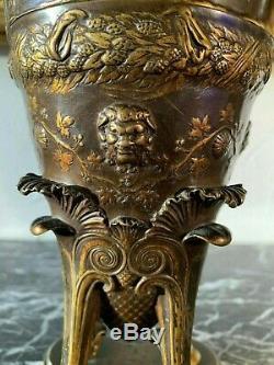 Ferdinand Levillain 1837-1905 paire d'amphores vendangeurs en bronze médaille