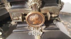 Garniture De Cheminee En Bronze Napoleon III