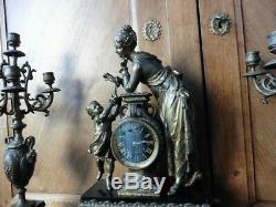 Garniture de cheminée pendule Japy frères et chandeliers en régule Napoléon III