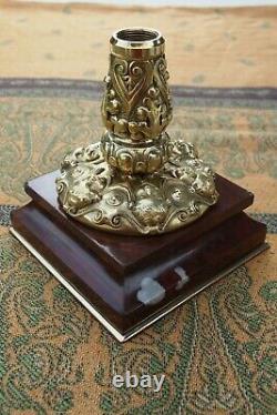 Grande lampe a pétrole ancienne en bronze et cristal / lampe aux chérubins