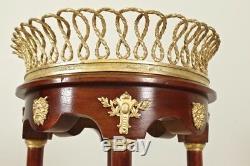 Guéridon Napoléon III acajou bronzes dorés