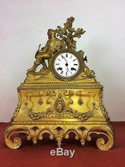 Horloge De Table. Bronze Doré. Style Napoleon Iii. France . Circa 1850