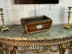Jardiniere Napoleon III En Marqueterie Ornée De Bronze / Medaillon En Porcelaine
