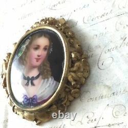 Médaillon Porcelaine Peinte Portrait Femme XIXè Monture Bronze Anges Victorian