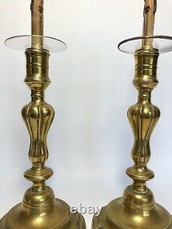 Paire De Bougeoirs En Bronze 19 Eme Monte En Lampe Avec Bobeche Verre G593