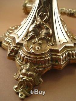 Paire de Bougeoirs Chandeliers Bronze doré XIX ème décor Femme Sphinge Chien Fô