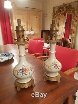 Paire de lampe à petrole ancienne, porcelaine et bronze Napoléon III