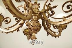Paire de lustres Napoléon III bronze globes