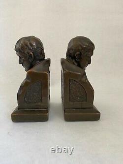 Paire de serre-livres en bronze, Napoléon Armor bronze
