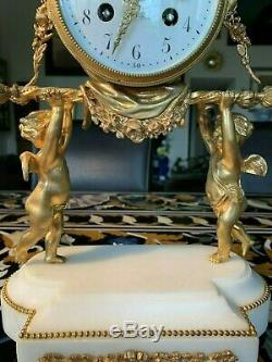 Pendule En Bronze Dore D'epoque Napoleon III A Restaurer