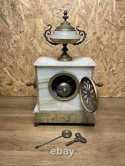 Pendule Xixeme Ancienne, Napoleon Iii, Onyx Et Bronze, Cadran A Cartouches