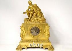 Pendule bronze doré personnages homme enfant Napoléon III clock XIXème