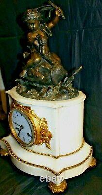 Pendule bronze et marbre de carrare Gillion à Orléans