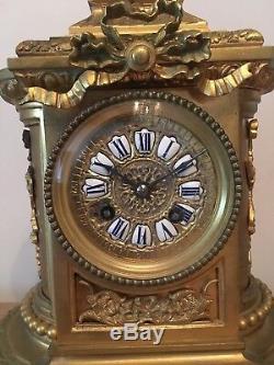 Pendule en bronze XIX eme