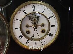 Pendule horloge garniture Napoléon marbre mouvement Brocot médaille de bronze