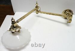 Rare APPLIQUE ancienne bronze XIXè abat jour opaline extensible (1)