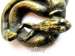 Sculpture XIXème bronze doré, presse-papier Vipère attrapant une grenouille