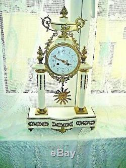 Superbe Et Ancienne Pendule Napoleon III Marbre Blanc Et Bronze