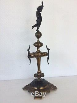 Support Napoleon III en bronze doré porte plume ange putti putto cave à cigares