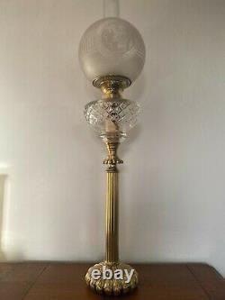Très Grande lampe a pétrole ancienne en bronze et cristal Baccarat