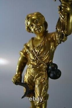 VEILLEUSE Napoléon III STATUETTE JEUNE FAUCHEUR bronze doré & patiné & opaline