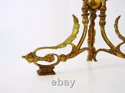 Vase cornet en rose et armature en bronze ou laiton. Napoléon III. XIXéme
